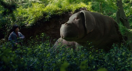 okja-bong-joon-ho-netflix-movie-monster-mutant-pig